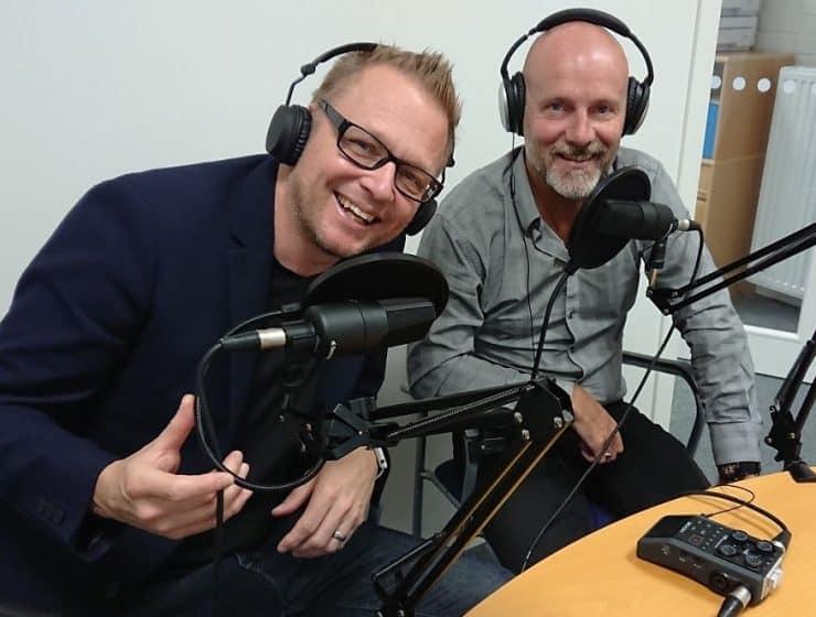 Dennis Westerberg och Tomas Lydahl spelar in podcast och ljudböcker tillsammans. Foto: Sölve Dahlgren